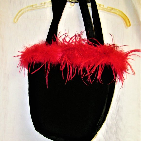 LUSH BLACK VELVET BAG WITH RED FEATHERS